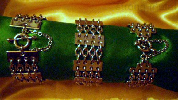 Les beaux arts à Quimper. Bracelet magnétique, maillons et plaques en acier inoxydable. Chaîne de sécurité sur mesure. Fabriqué en bretagne. dans BRACELET ACIER 316L bracelet-acier-11