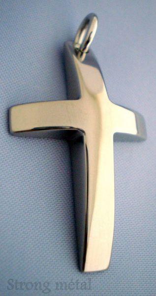 croix bombée titane