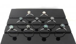 Bagues perles baroques. Bijouterie quimpéroise. Perles de polynésie montées sur anneaux ouvert en acier 316L. dans BAGUE ACIER sdc15696-300x175